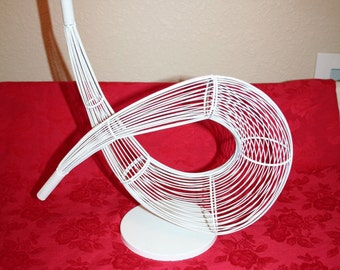Abstract Wire Sculpture - FREE SHIPPING!