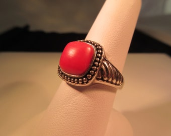 Cool Retro Sterling Silver Coral Ring - 9
