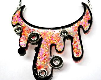PANIKA Drip  statement necklace