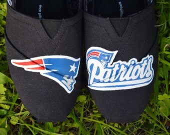 Hand-painted classic TOMS shoes: New England Patriots