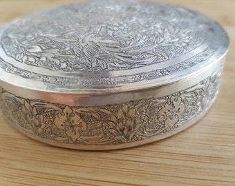 Vintage Arabic Etched Floral Sterling Silver Dresser/Jewelry Round Box with Cover