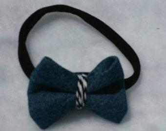Chambray bow black nylon headband