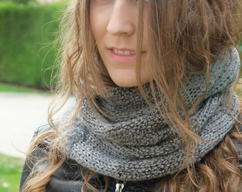 Multitextured Grey Cowl, Snood, Neckwarmer, Seamless, Chunky