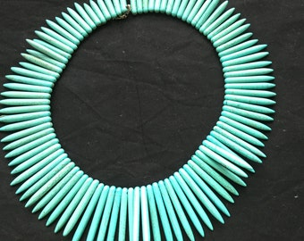 Spike detail necklace