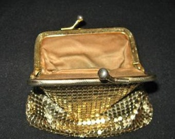 Gold Toned Mesh Purse, Art Deco Coin Purse, Small Change Purse Vintage