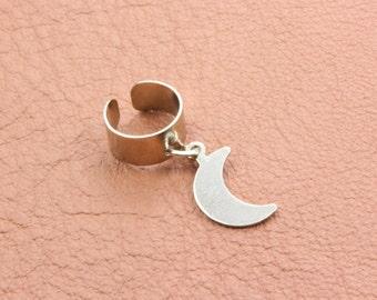 Crescent Moon Ear Cuff. Moon Ear Cuff. Silver Brass Ear Cuff. No Piercing. Ear Wrap. Fake Piercing. Moon Ear Wrap Bohemian Ear Cuff Earrings
