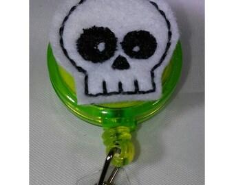 Badge reel - felty skull