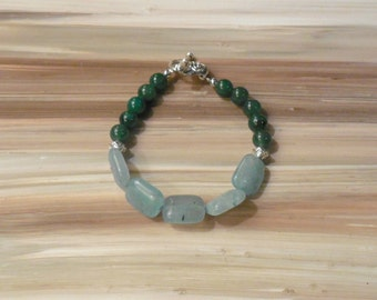 Blue and Green Beaded Bracelet, Small Blue Bracelet, Green and Blue Jewelry, Layering Bracelet, Beaded Accessories