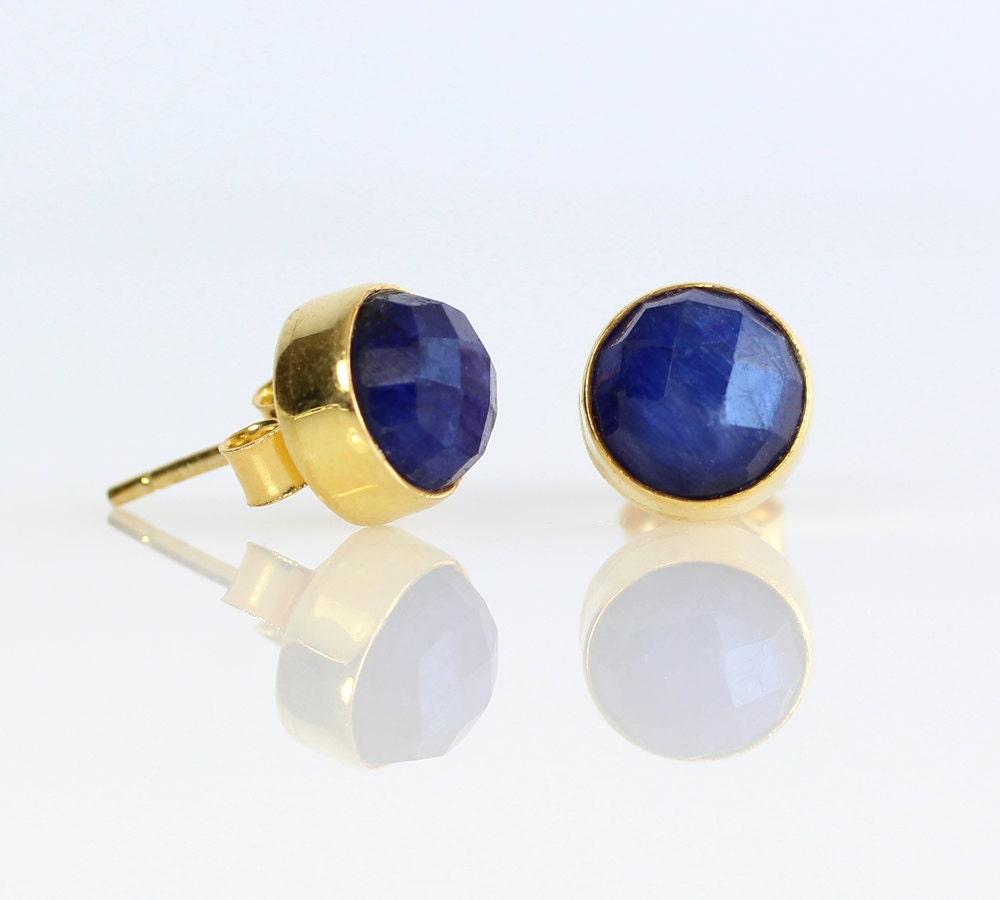 raw blue sapphire gold stud earrings vermeil gold sapphire. Black Bedroom Furniture Sets. Home Design Ideas
