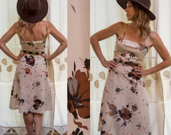 1970s Off White, Floral Country, Summer Sundress
