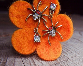 Spider Earrings ~ pieces #100115