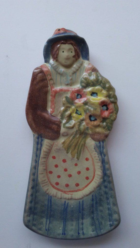 Italica Ars Italy Lady With Bouqet Wall Decor Spoon Rest Hand