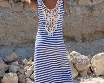 Striped Blue&White maxi summer dress with lace details.
