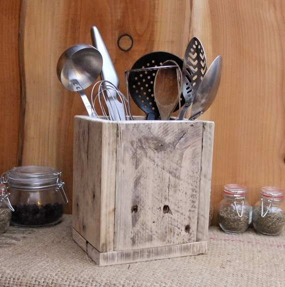 Country Kitchen Utensil Holder