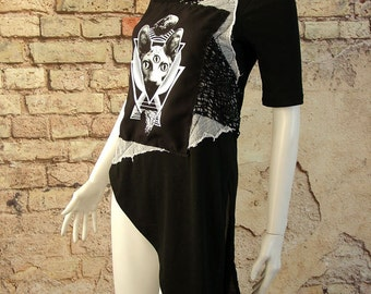 Asymmetric Short Sleeve Occult Top, Third Eye Sphinx Cat Tunic, Nu Goth Tshirt punk upcycled size 8 small