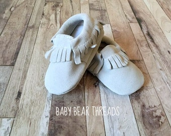Suede Leather Baby Moccasins Fringe - Off White / Light Grey
