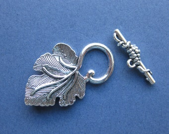 5 Sets - Grapes and Leaf - Leaf Toggle Clasp - Toggle Clasp - Antique Silver - 37mm x 23mm & 25mm x 8mm --(D8-10880)