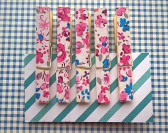 Fridge magnets, set of 5, refridgerator magnets, pink flowers, clothespin magnets