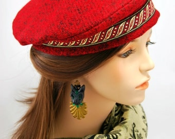 Red Wool Gold Band Beret