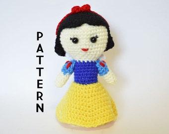 Snow White Crochet Pattern - Instant PDF Download