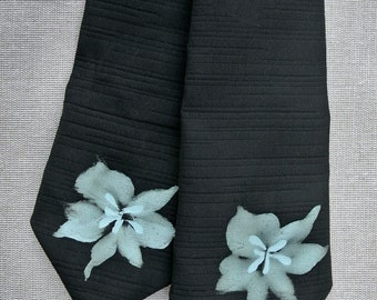 Handmade necktie made from Japanese Kimono material (Warhol inspired)