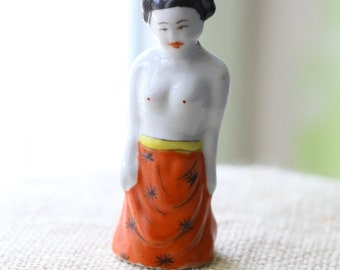 woman shaped  snuff bottle