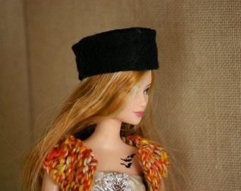 Felt hat for Barbie - knit