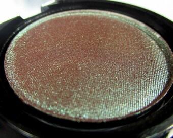 Phee's Makeup Shop Polilla Mineral Eyeshadow 37mm Compact - VEGAN + CRUELTY FREE