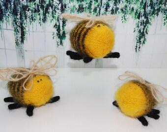 Plush Bee, amigurumi Bee, stuffed Bee, little Bee doll, softie plush Bee, handmade Bee, cute Bee doll, tiny Bee, miniature Bee
