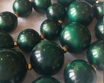 Vintage 1960s large green bead necklace