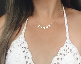 Gold Triangle Necklace / Five Triangle Necklace / Triangle Statement Necklace / Bridesmaid Layering Necklace