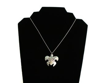 Whitefoot turtle necklace