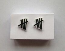 5SOS Tally Mark Earrings