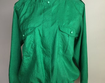 Vintage 1990s Kelly Green Polyester Popover with Epaulettes