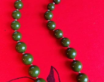 Chunky Vintage 50's Plastic Bead Necklace
