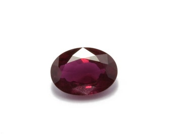 Ruby ~ Red ~ 0.87 Carat ~ oval ~ natural ~ Non treaty ~ Mozambique