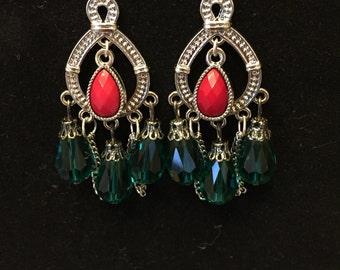 Red/green earrings