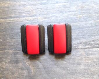 red and black vintage grunge earrings, 1990's earrings, fashion earrings, red and black jewelry, vintage earrings