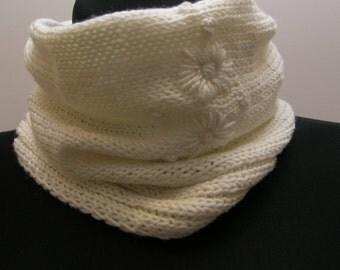 woolen neck warmer