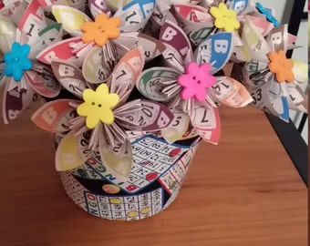 Origami Bingo Paper Flower Bouquet