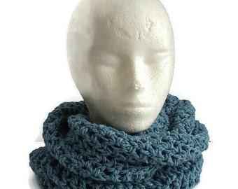 Turquoise infinity scarf, snood, merino wool