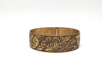Vintage Estate Etched Floral Pattern Design Gold Tone Bracelet