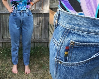 "SALE 1980s GITANO High Waisted Medium Wash Straight Leg Denim Mom Jeans Size Medium - 27"" Waist"