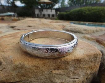 etched flowers bangle bracelet safety chain vintage bracelet silver tone retro fashion