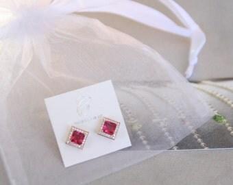 Dark Pink Swarovski crystal studs. Rose gold earring. Stud earrings. Pink earrings. Wedding jewelry. Gift for her