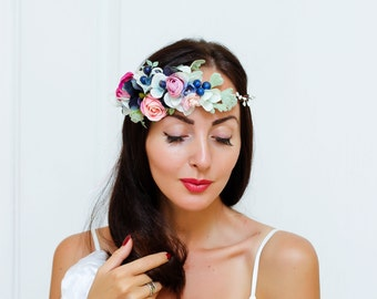 Flower headpiece Wedding flower crown Bridal headband   Flower hair wreath Flower halo Boho flower crown  Girl flower crown