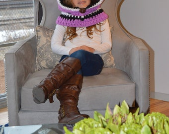 Hooded Cowl.