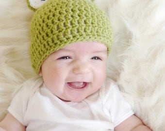 Frog crochet hat, green, baby, adult, photo prop, cute, handmade