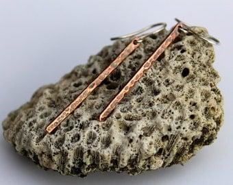 Hammered copper earrings/long copper earrings/copper stick earrings/rustic simple thin copper earrings/oxidised copper stick earring