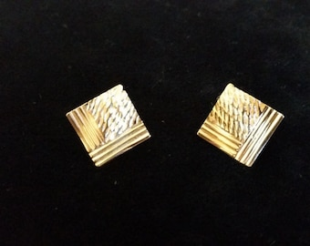 14K Gold Textured Square Earrings